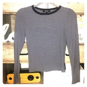 Tight semi crop long sleeve ( read more )